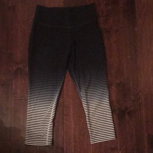 Nike crop running pants